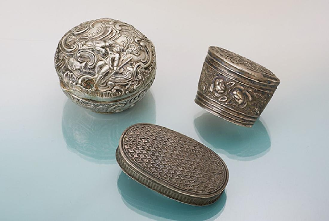 Lot 3 pill boxes, approx. 1850/1900