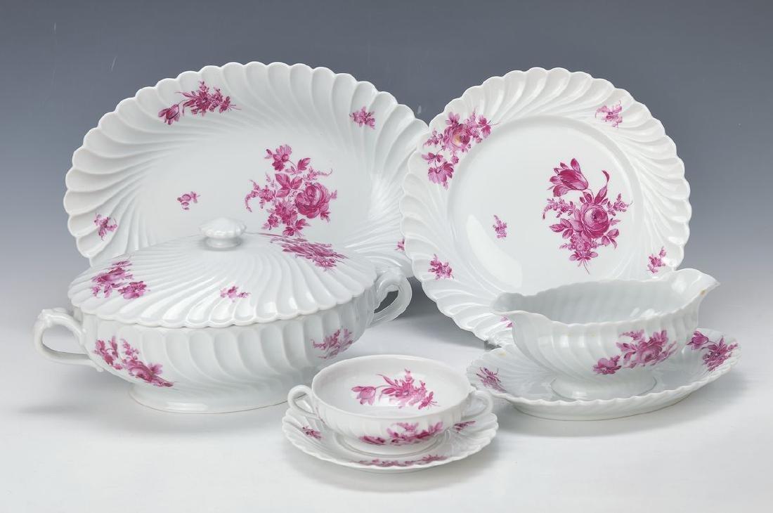 Dinner set for 8 people, Haviland Limoges, porcelain