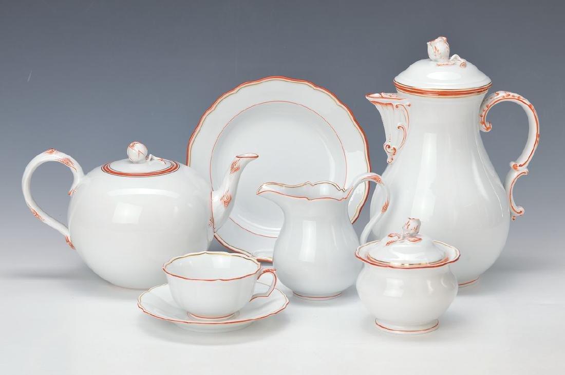 Large tea-/coffee set, Meissen, 1930/40s, coffee pot