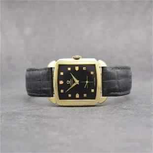 OMEGA 14k yellow gold gents wristwatch