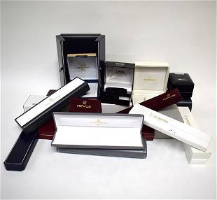Set of 32 wristwatch boxes, among other Eterna
