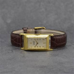 BRUNER Masterbilt gilt desk-shaped wristwatch