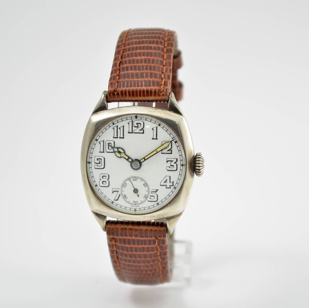 Gent's cushion-shaped sterling silver wristwatch