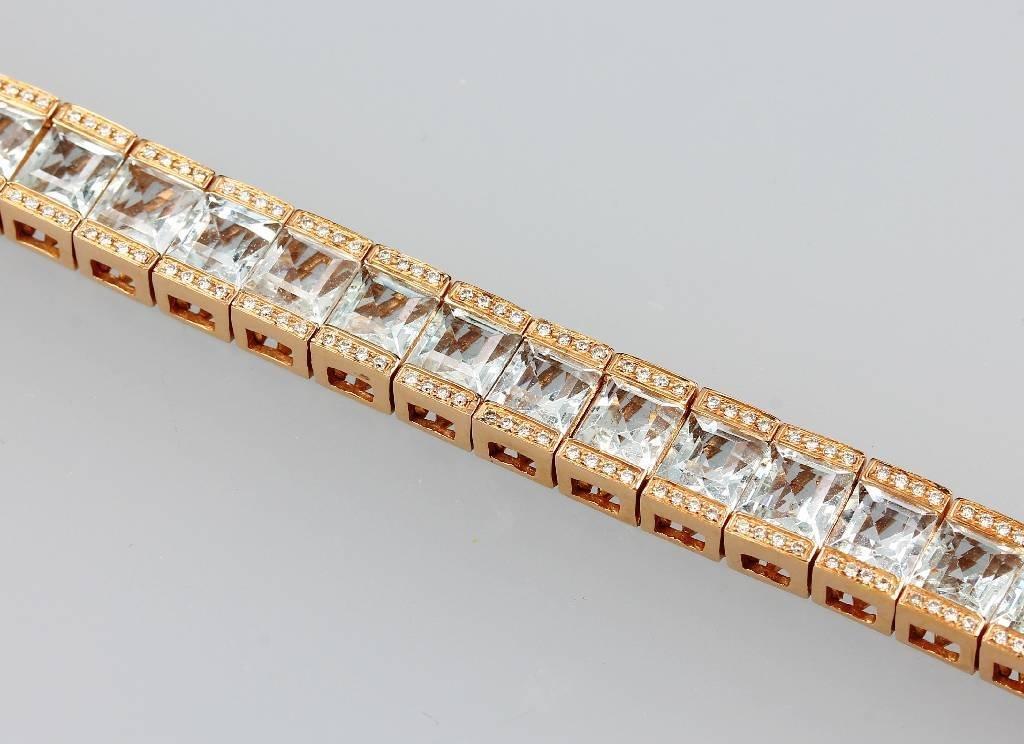 18 kt Gold bracelet with aquamarine and brilliants