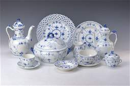 Coffee and dinner set 2nd half 20th cent