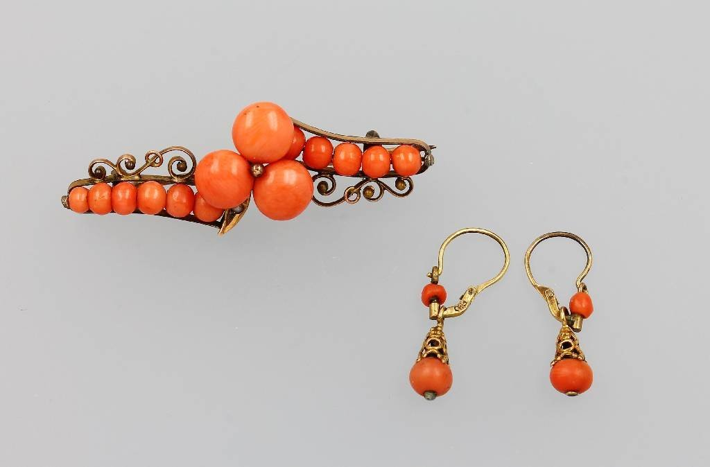 Jewelry set with corals, Italy approx. 1880/90