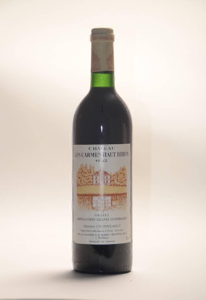 2 bottles of 1982 Chateau Les Carmes Haut Brion