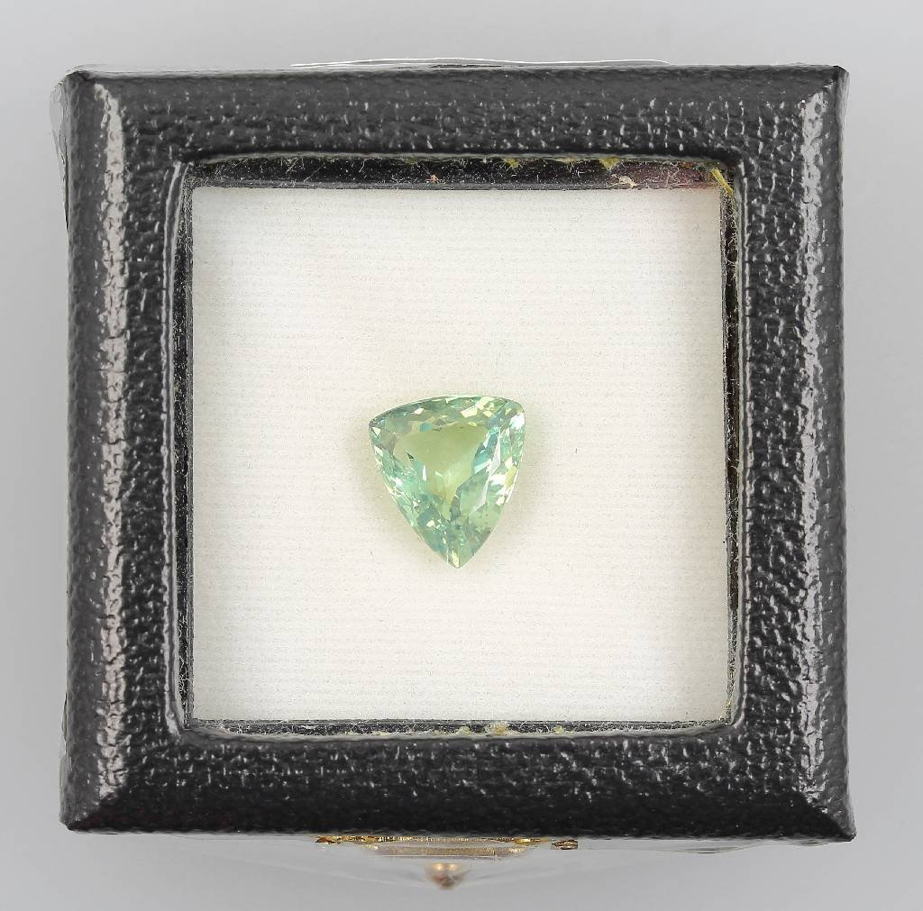 Alexandrite-trilliant 5.07 ct