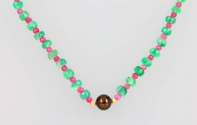 Chain Made Of Emeralds, Rubies And Cultured Tahitian