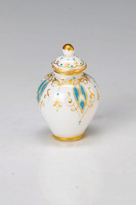 miniature-lidded vase, Meissen