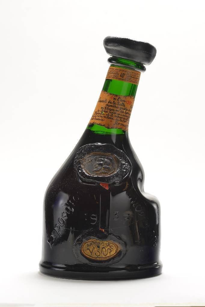 1 bottle of Saint-Vivant Grand Armagnac VSOP