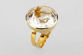 18 Kt Gold Ring With Rock Crystal