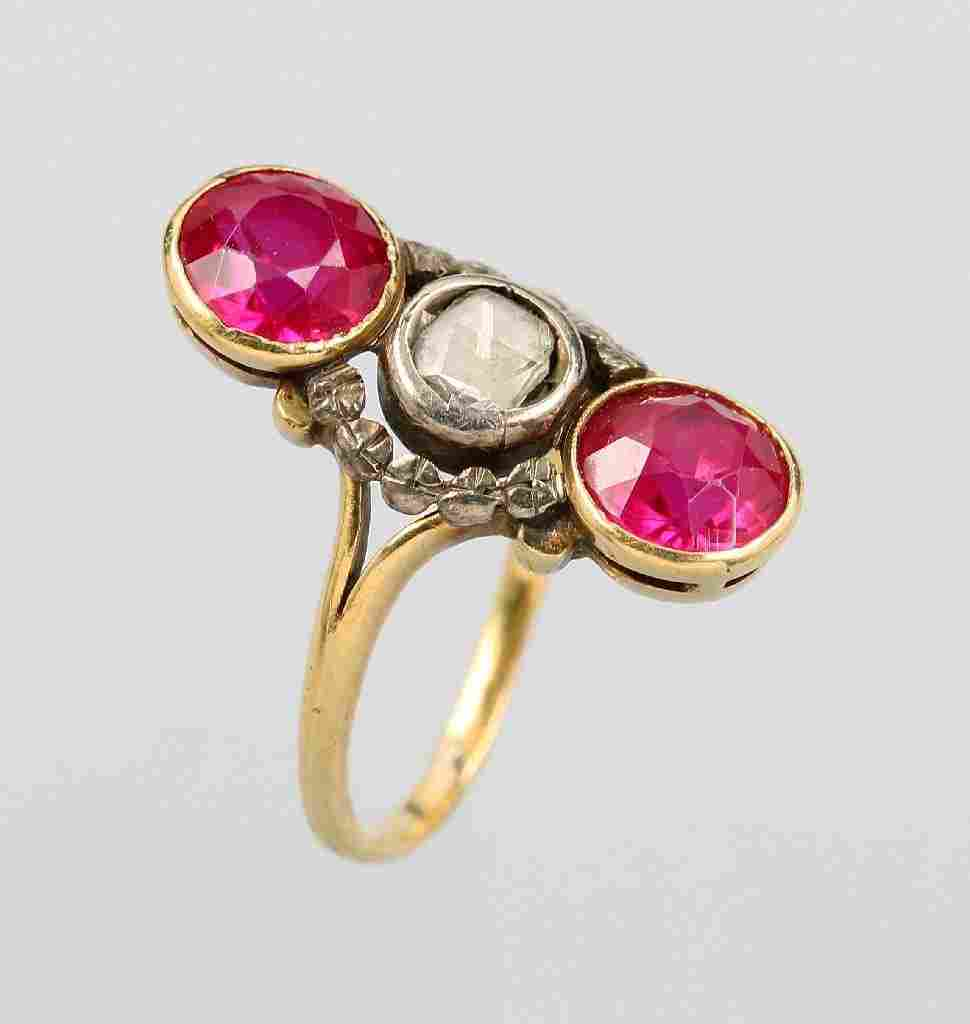 18 kt gold ring with diamond rose and ruby imitations
