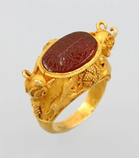 21 Kt Gold Signet Ring With Almandine, Approx.1900, Yg