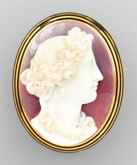 14 Kt Gold Brooch With Cameo,