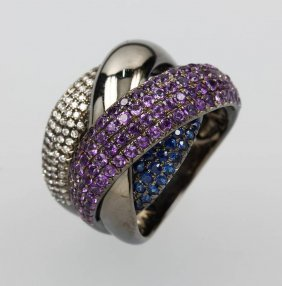 Extraordinary 18 Kt Gold Ring With Amethysts, Sapphires