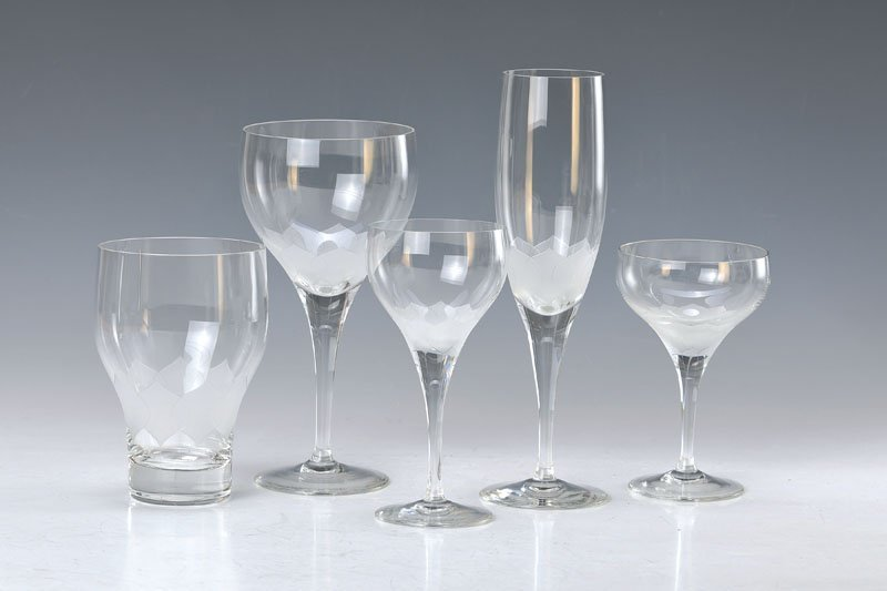 Glass set and cutlery