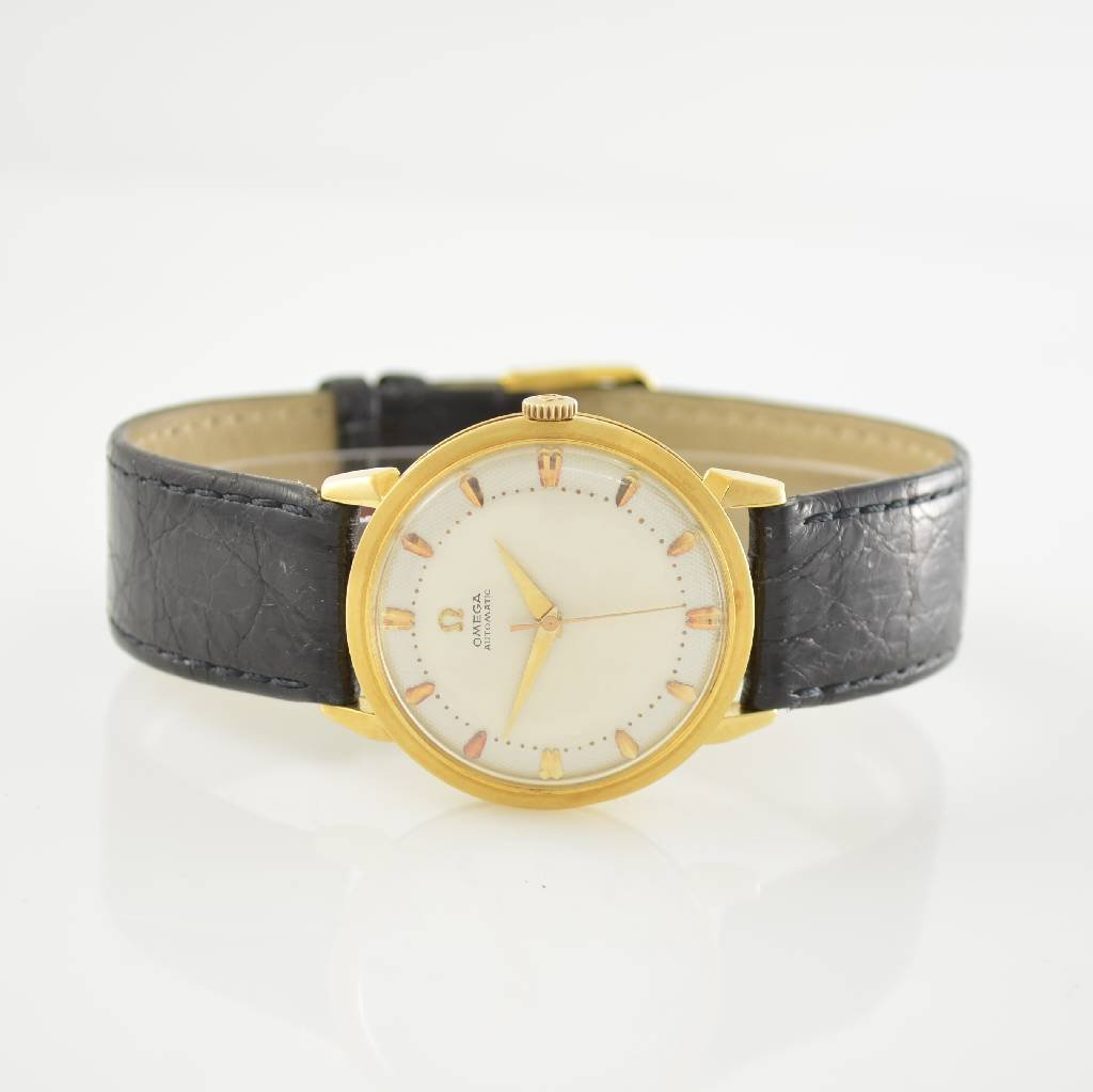 OMEGA gents wristwatch with bumper automatic