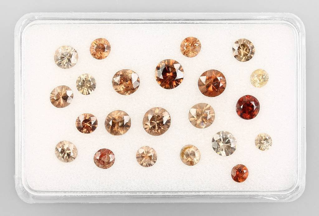 Lot of round bevelled zircons