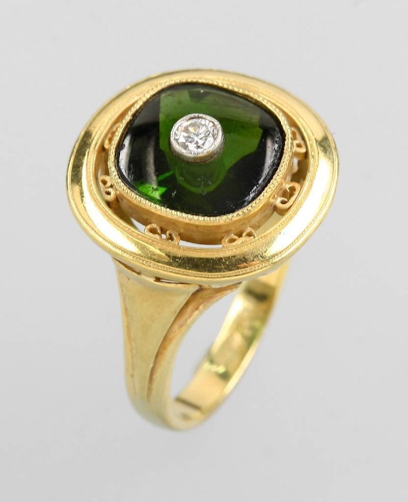 14 kt gold ring with tourmaline and diamond