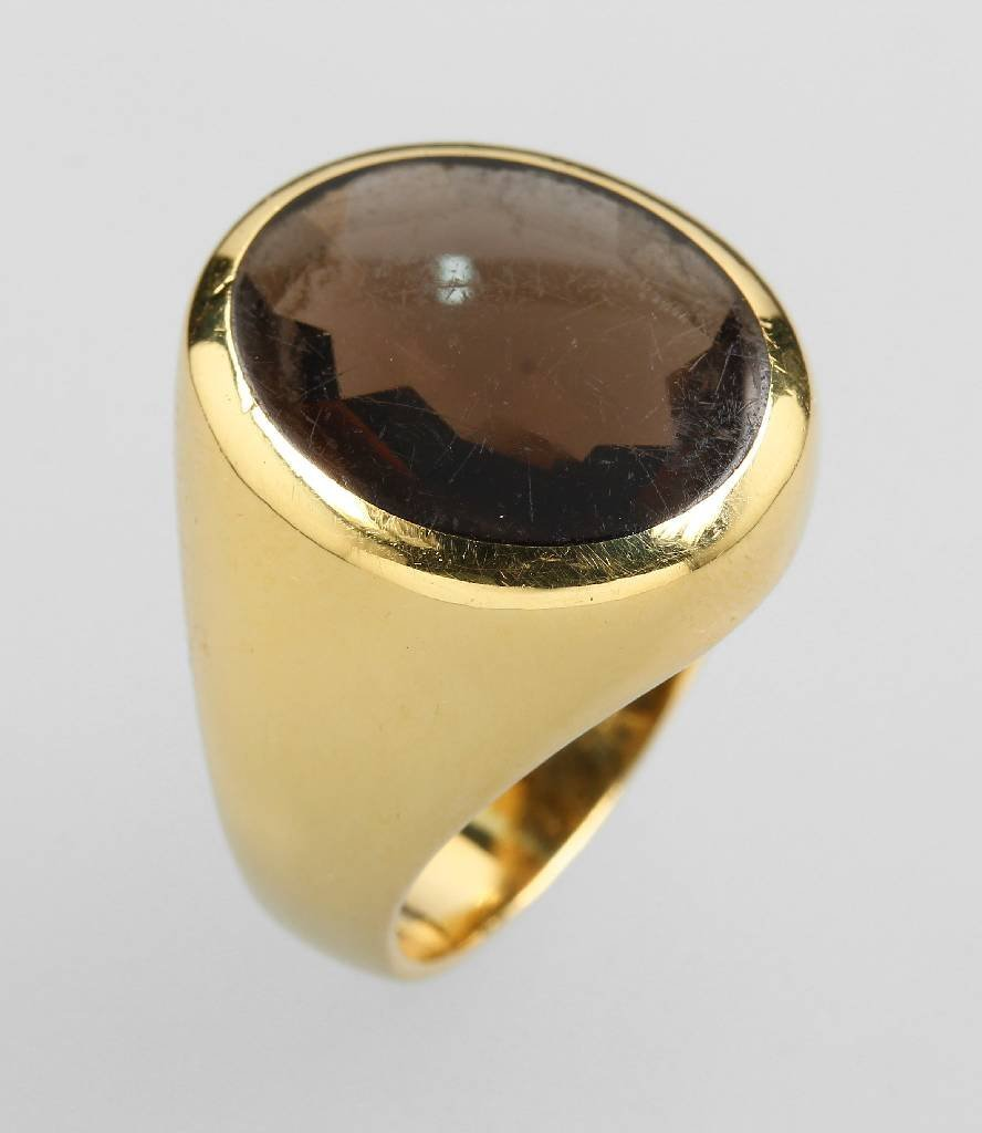 18 kt gold ring with smoky quartz