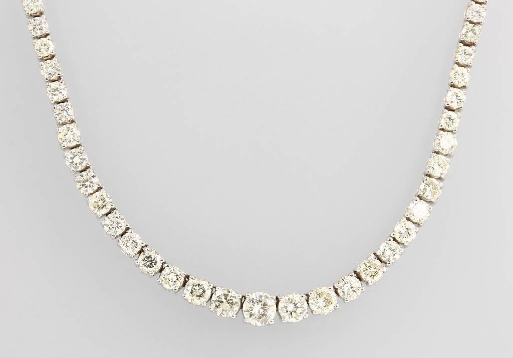 14 kt gold riviere necklace with brilliants