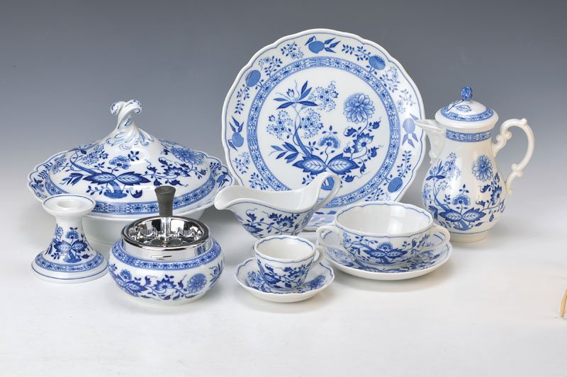 Blue Onion Pattern-dinner set