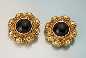 Pair CHANEL Earclips