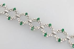18 kt gold bracelet with emeralds