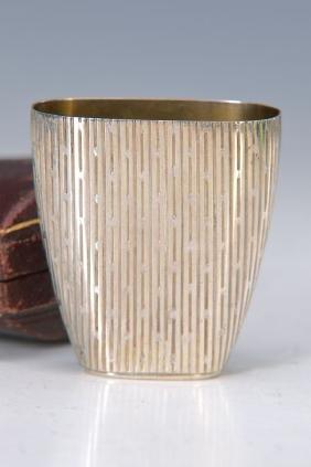 travel beaker
