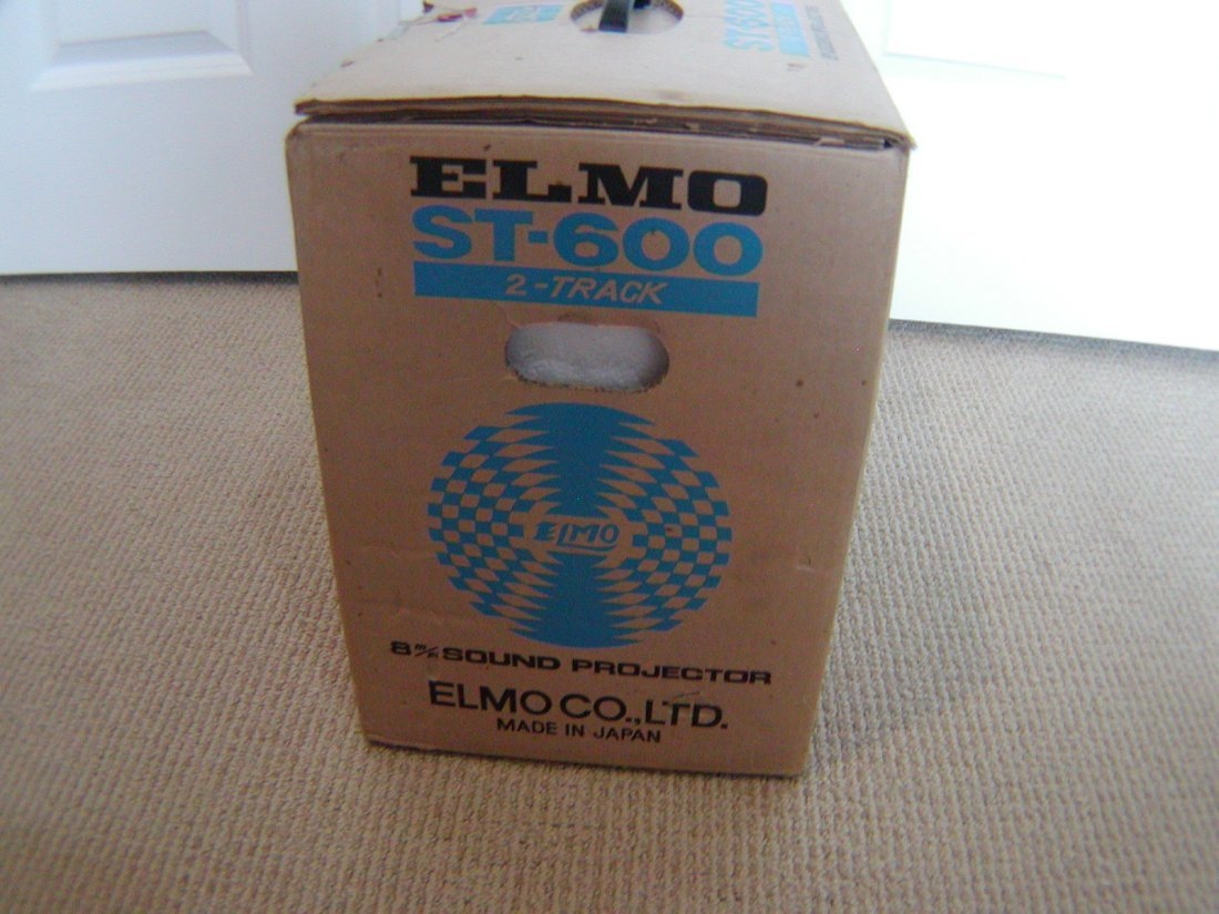 ELMO ST-600 2 Track 8M/M Sound Projector Profesionall