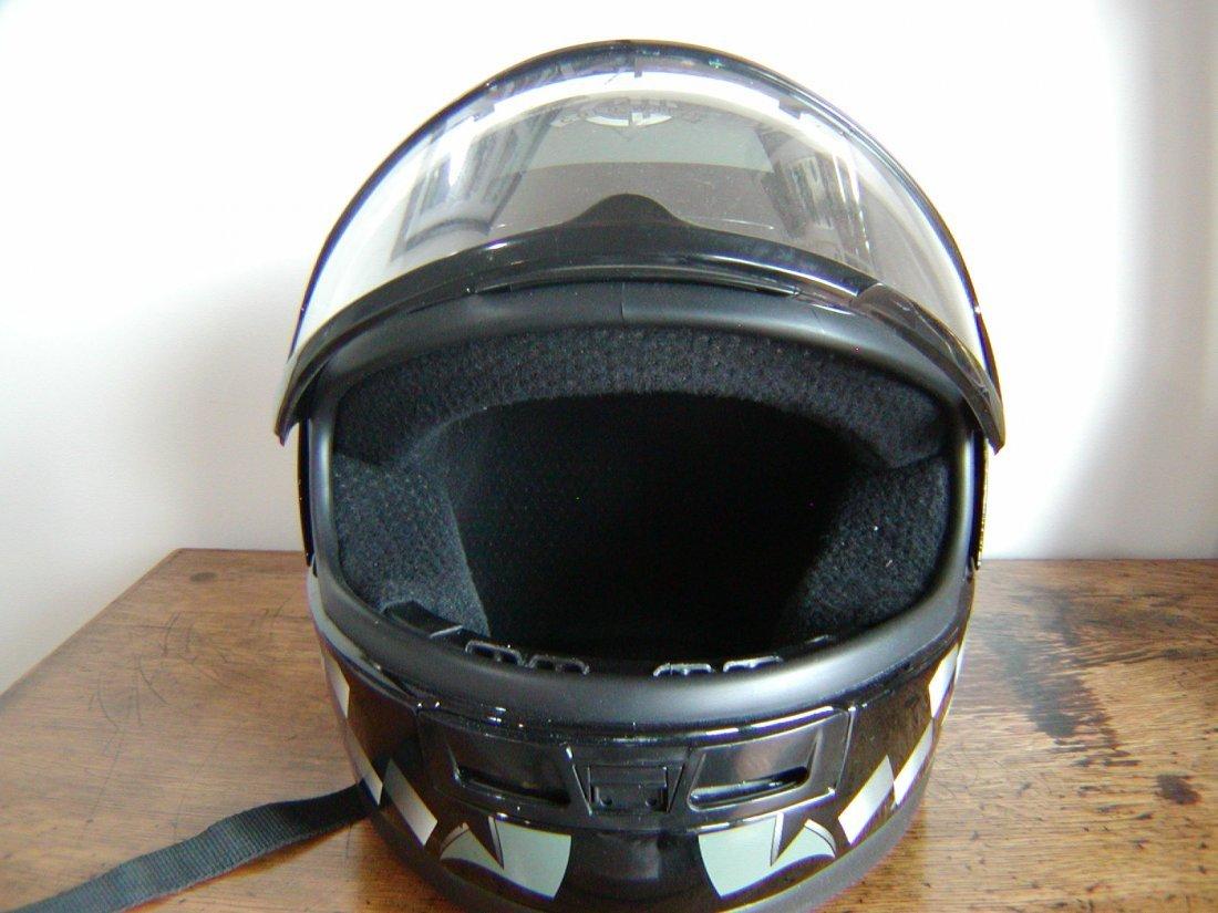 FULL HEAD MOTOR CYCLE HELMET