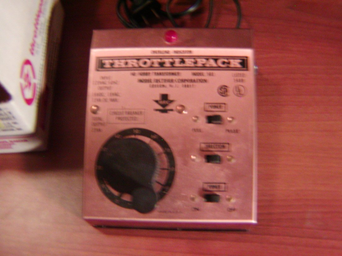 Vintage Throttlepack model 501 HO Train Control