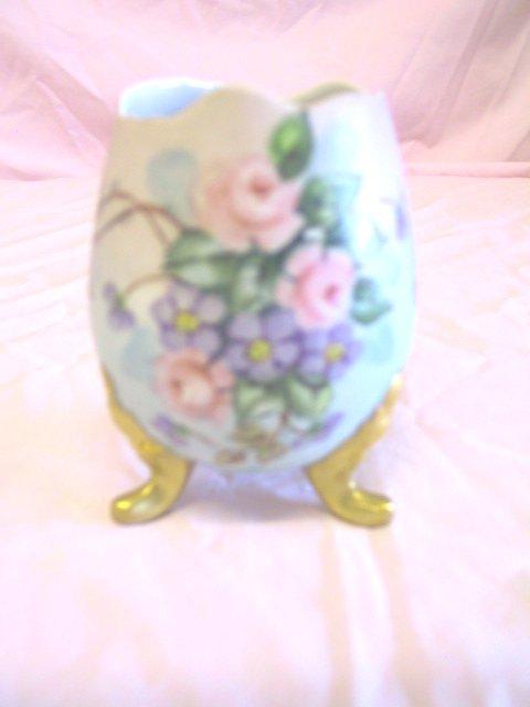 3: Footed Egg Vase, Bavaria