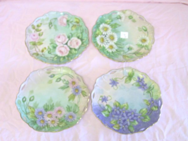 19: 4 Hand Painted Floral Plates