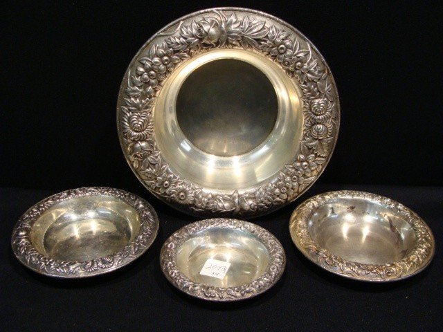 8: 4pc Sterling bowls Kirk & Sons 920 grams