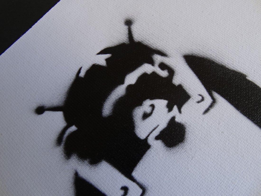 Banksy, spray graffiti art - 4