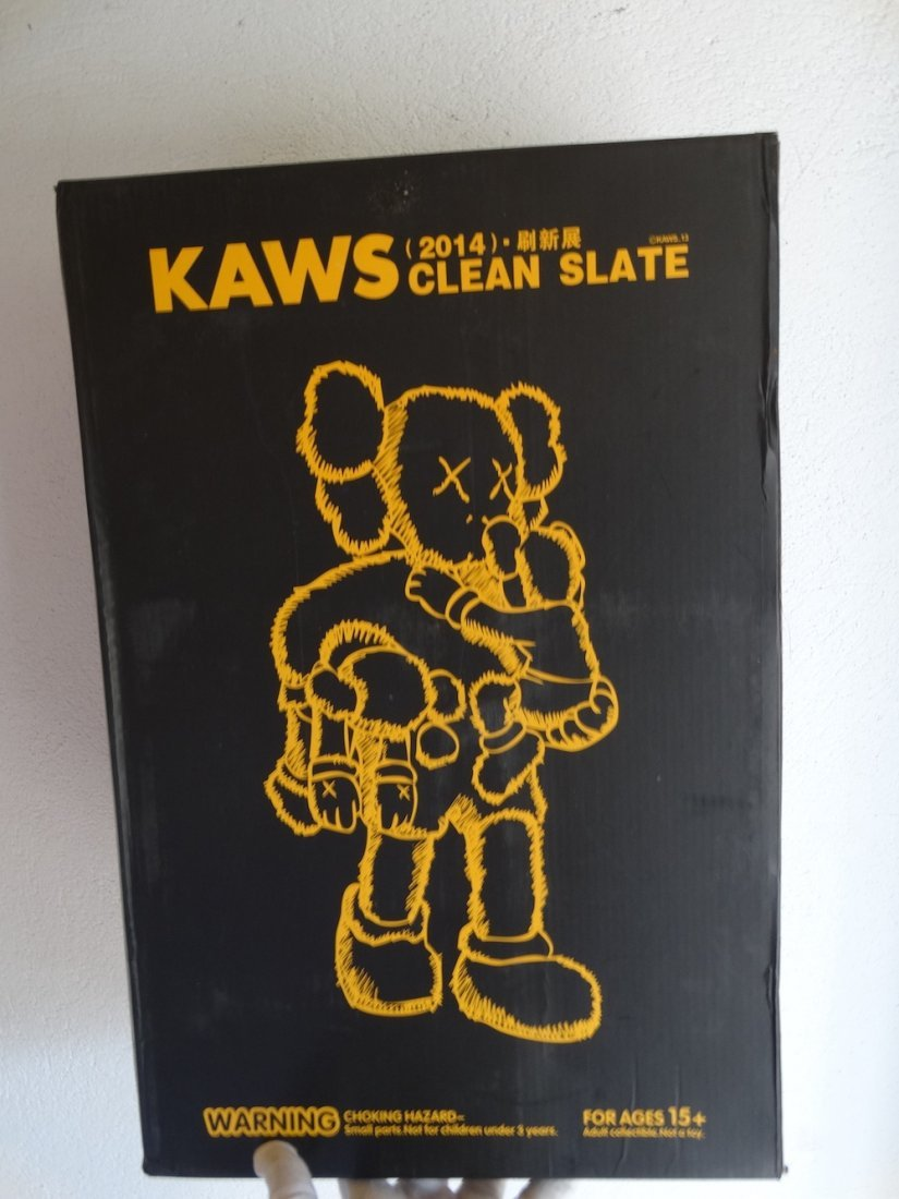 Kaws, Original Fake CLEAN SLATE - 3