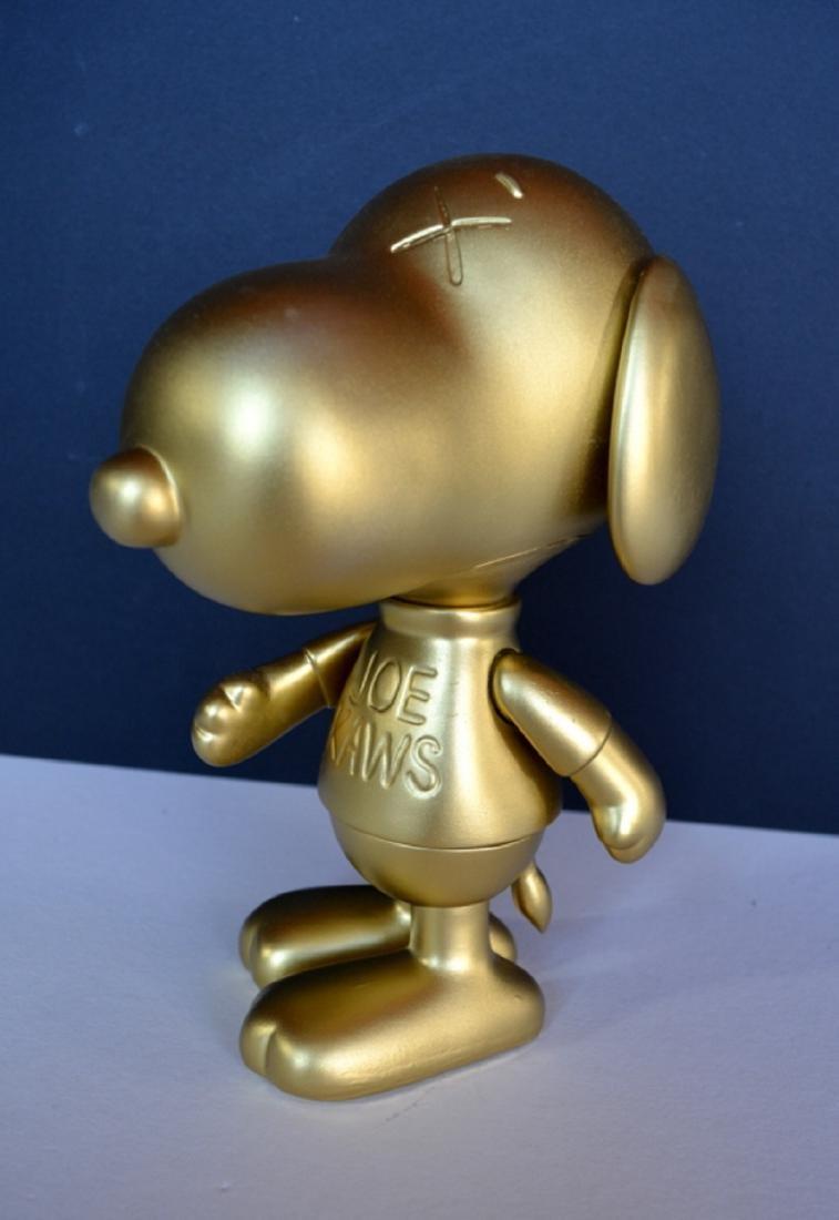 NEW 2019 OriginalFake KAWS Snoopy Limited Edition GOLD