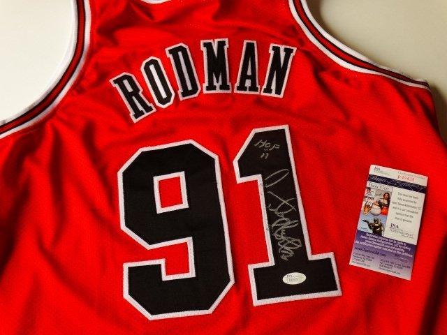 Dennis Rodman / Chicago Bulls - hand singed +COA PSA