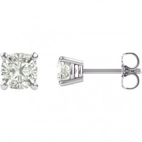 Forever Classica Moissanite Round 4-prong Stud Earrings