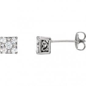 14kt White 5/8 Ctw Diamond Stud Earrings