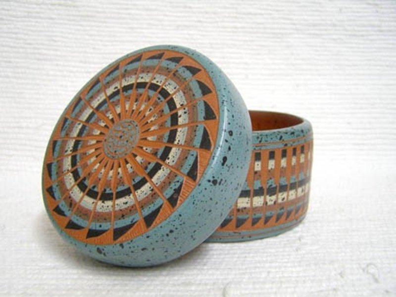 Native American Navajo Red Clay Medium Round Jewelry