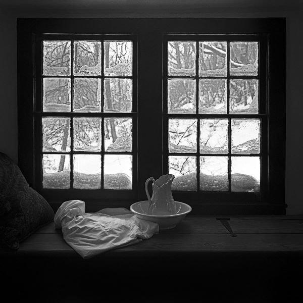Tom Artin.  Window Seat Blizzard