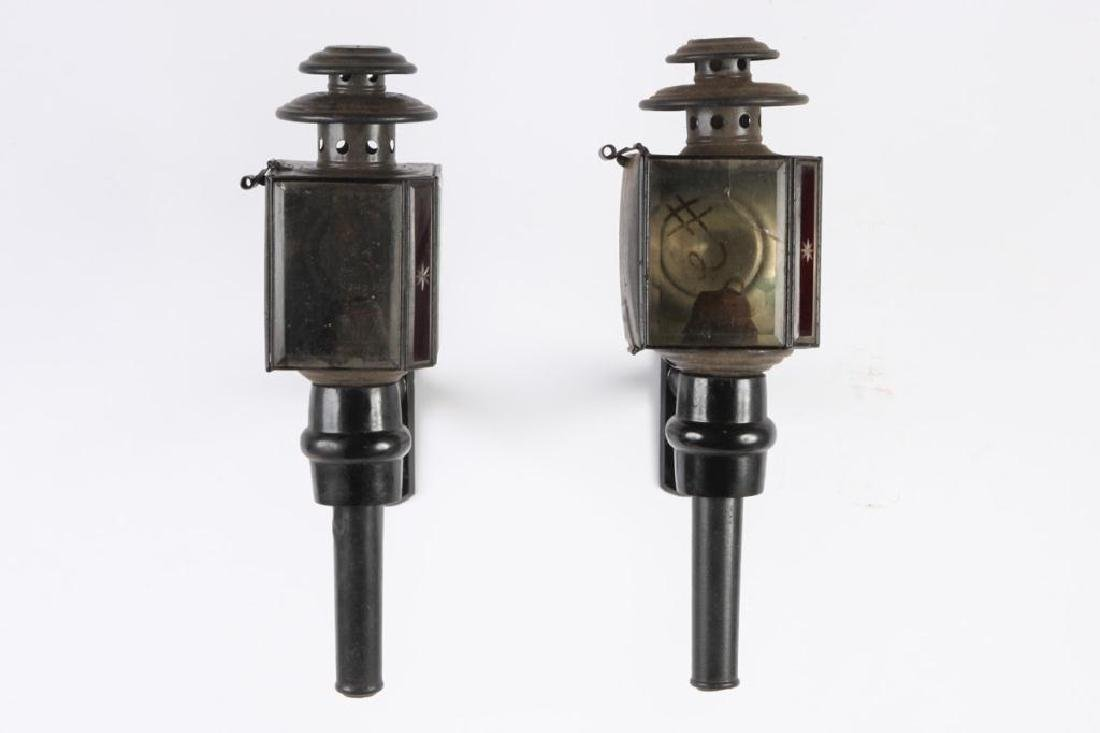 PAIR OF BASIC CARRIAGE LAMPS - 3