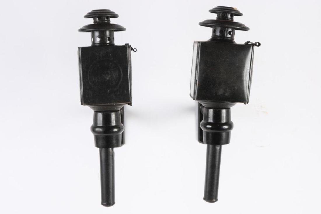 PAIR OF BASIC CARRIAGE LAMPS - 4