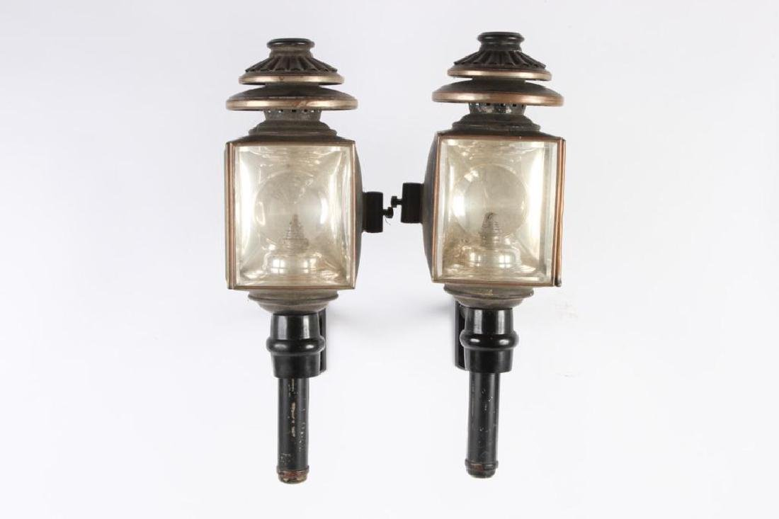 PAIR OF CARRIAGE LAMPS by CUNNINGHAM