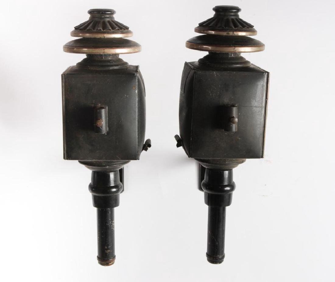 PAIR OF CARRIAGE LAMPS by CUNNINGHAM - 5