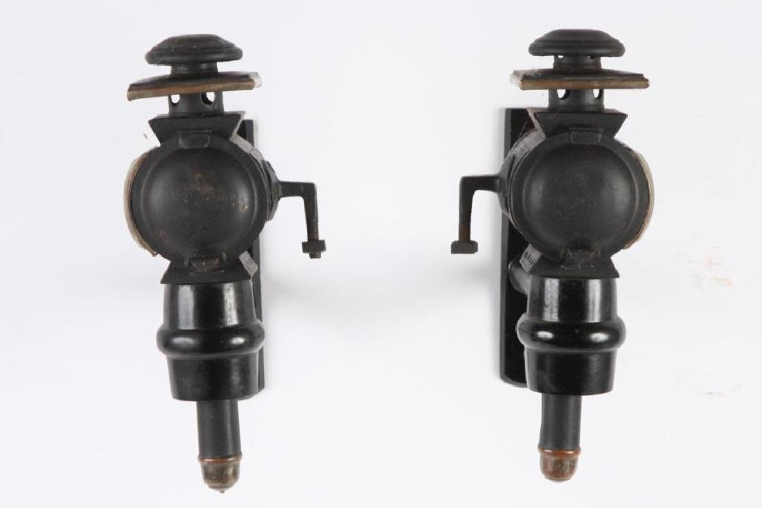 PAIR OF MEDIUM PONY CARRIAGE LAMPS - 2