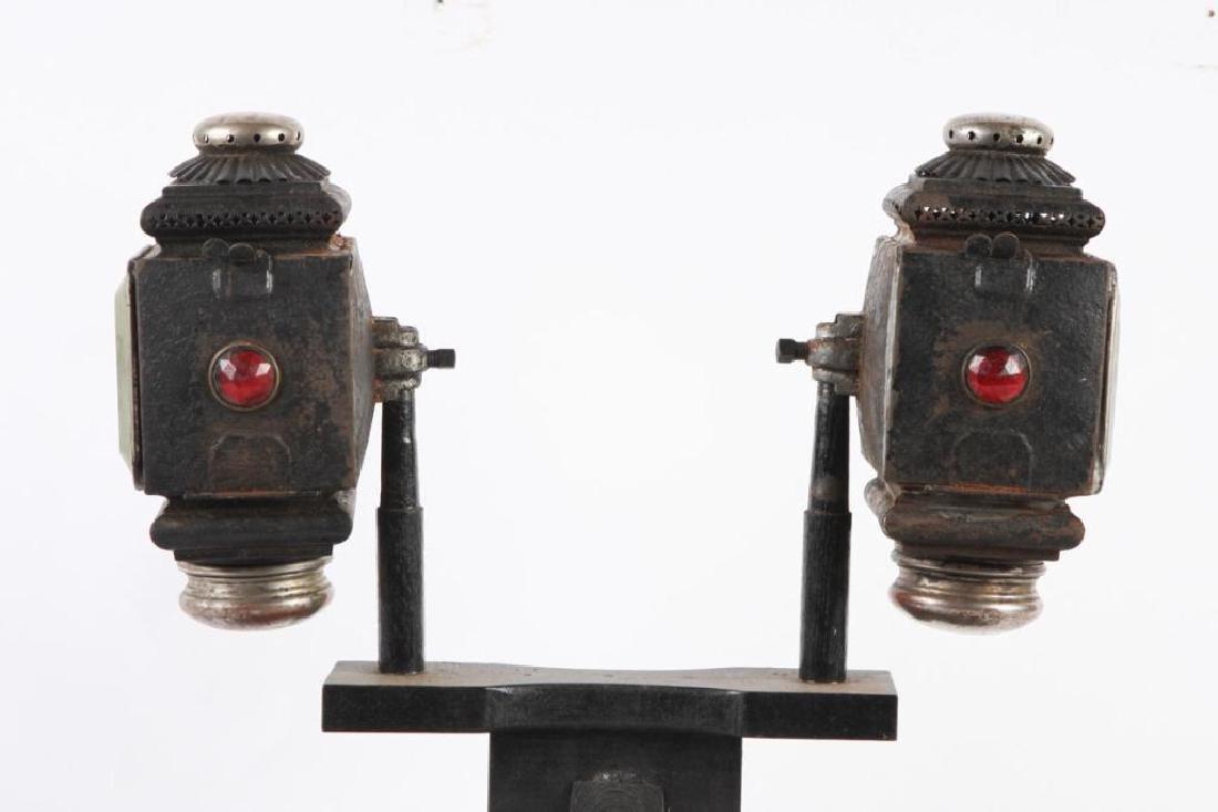 PAIR OF SQUAT SURREY/ PONY LAMPS - 4